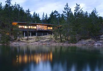 Maison dans la forêt: quel style choisir? 230+ (Photos) de solitude et de confort. Et qu'aimerez-vous?