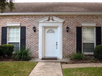 210+ Güzel tuğla evlerin fotoğrafları (tek katlı / iki katlı). Cephelere kendi elleriyle bakma