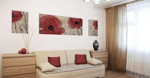 Bahagian ruang tamu kecil: 190+ (Foto) Idea moden (perabot, kertas dinding, zon)