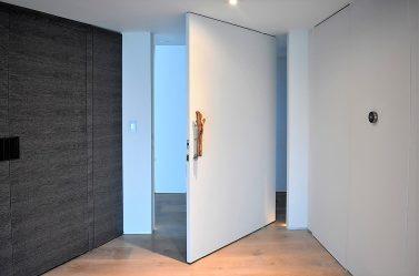Eve giriş metal kapı (175+ Fotoğraf): Seçimden dekorasyona