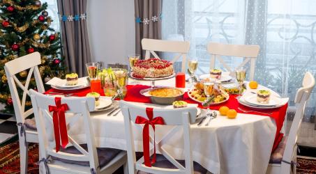 2019 년 새해를 맞이하는 테이블은 정말로 축제와 예산을 어떻게 짜는가? 135+ (사진) 아름다운 DIY 제공 (+ 리뷰)