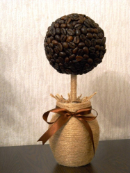 Kraf yang paling luar biasa dan menarik dari kopi dan biji kopi untuk 5+. Bengkel mudah untuk pemula langkah demi langkah (130 + Foto)