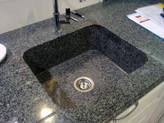 Tenggelam batu - Tambahan yang indah ke dapur. 175+ (Foto) bulat, persegi dan sudut. Pilih dengan kami