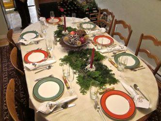 Tetapan meja perayaan (280+ Foto): Teknologi dan peraturan untuk mengatur makan