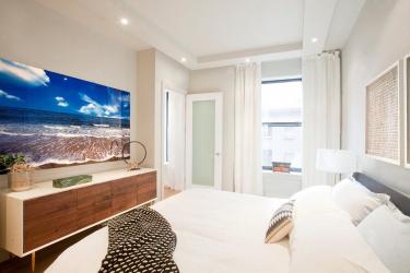Тесни спални: Дизайнерски опции. Всички тънкости на оптималното разположение (115+ снимки)