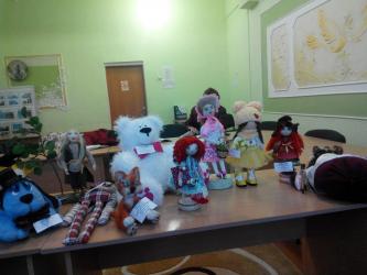 Mainan dari benang atau bagaimana untuk menggembirakan kanak-kanak daripada apa-apa: 155+ (Gambar) artikel buatan tangan unik dan cantik dengan kelas induk (lembut, di pokok Krismas, dari bola)